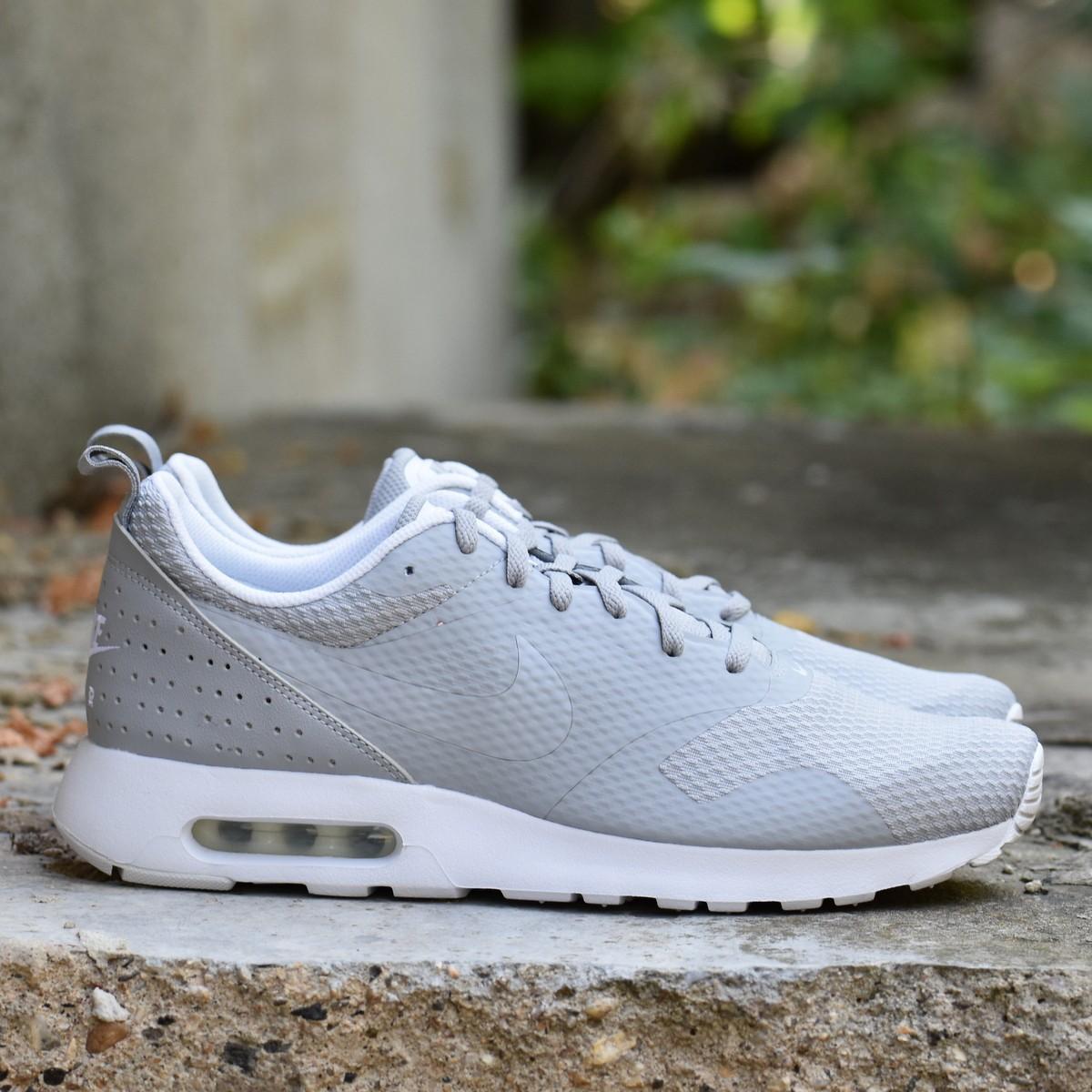 b4b6d266710 Nike AIR MAX TAVAS Pánské boty EU 44 705149-028